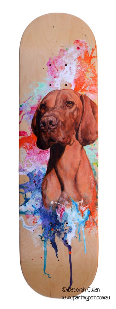 Hungarian Vizsla painted on a skateboard